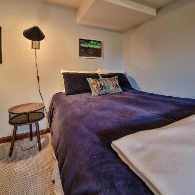 Lake Diva Downstairs Queen Bedroom